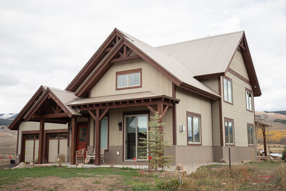 30 Bridle Spur Way house - side view